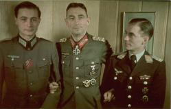 Generaloberst Eduard Dietl in the center.