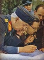 Erich von Manstein and Hermann Breith look over maps.