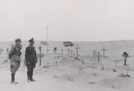 General der Panzertruppe Erwin Rommel (Kommandierender General Panzergruppe Afrika) and Leutnant Alfred-Ingemar Berndt.