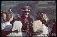 Reichsstatthalter und Charakter als Generaloberst Franz Ritter von Epp in Sudetenland with local women at Castle Passau.