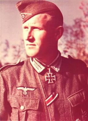 Oberfeldwebel Willi Hilss.