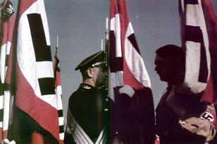 Heinz Linge and Adolf Hitler in Blood Flag ceremony at Nürnberg, 1938.