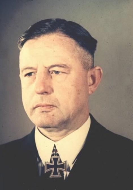 Vizeadmiral Kurt-Caesar Hoffmann