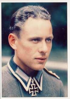 Ernst Neufeld as Oberfeldwebel