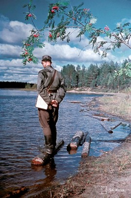 Photo of Finnish journalist and poet Olavi Paavolainen at Mikkeli, Eastern Finland... in its most appropriate uniform! Paavolainen (1903 - 1964) was a Finnish essayist, journalist, travel book writer, and poet. During World War II Paavolainen served at the Information Department of the Headquarters. He was posted after the outbreak of the Winter War to Mikkeli in eastern Finland, as adjutant to an infantry general and visited Vienola in 1944.