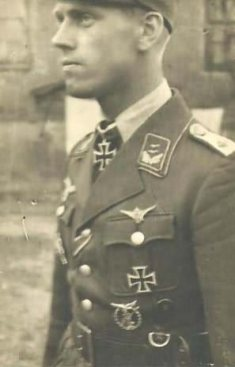 Luftwaffe Flak officer in Artemivsk, Russia.