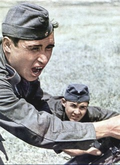These Tatar men are enthusiastic soldiers in the German army.