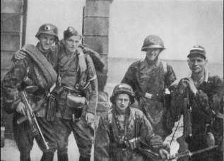 "Soldiers from Kolegium ""A"" of Kedyw on Stawki Street in Wola district."