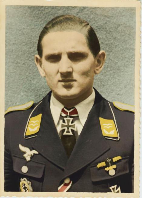 Colorizing image of Erich Weißflog.