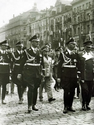 Wolff, Dollmann, Himmler, and Keitel.