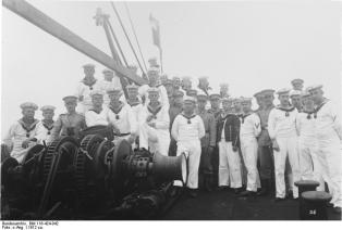 Sailors of the Imperial Navy in Tsingtau, ca 1912.