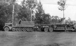Munitionstrager Hummel on trailer + Sd.Kfz. 9 Famo.