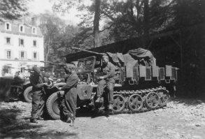 Sd.Kfz.10/4 Leichter Zugkraftwagen 1t halftrack