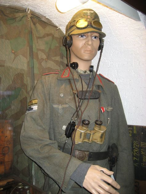 Uniform of assault gun crew.