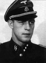 Günsche as a SS-Untersturmführer.