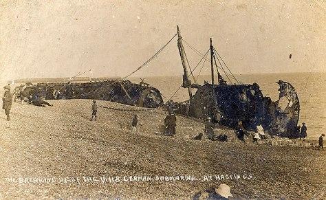 SM U-118 being dismantled.