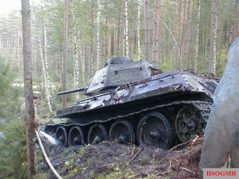 T-34 Beutepanzer recovered in Estonia.