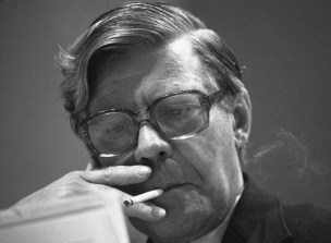 Helmut Schmidt smoking.