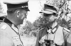 Speidel (left) on the Eastern Front in 1943.