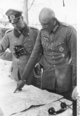 General Adolf Strauß om the right.