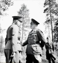 Stumpff (middle) and Hjalmar Siilasvuo.