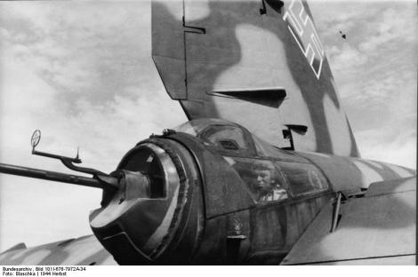He 177 A-5 tail gun position, with MG 151 cannon and bulged upper glazing for upright gunner's seating.