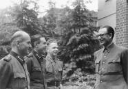 Vlasov speaking to Russian ROA volunteers near Dabendorf, Autumn 1944.