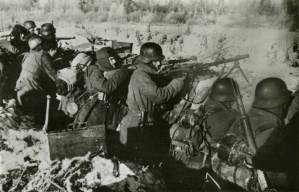 Soldiers of the Blue Division in a trench at the Eastern Front.