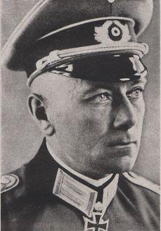 Kurt-Jürgen Freiherr von Lützow.