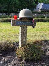 Helmut Fuhrhop's grave.
