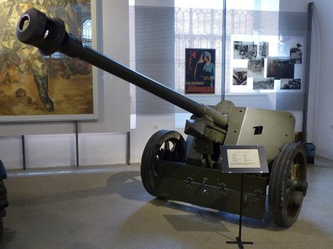 A Pak 40 75 mm anti-tank gun, displayed in the Museum of Military History, Vienna.