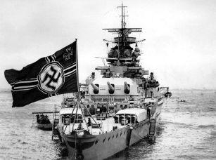 """800px-Panzerschiff_""""Admiral_Graf_Spee"""""""