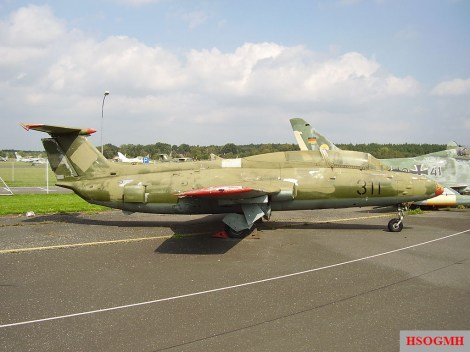 Let L-29 Delfin 311.