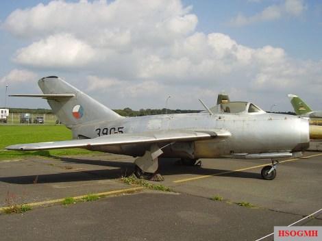 Mikoyan-Gurevich MiG-15 bis 3905.