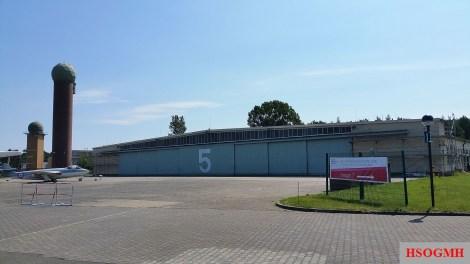 Hangar 5 - depot.