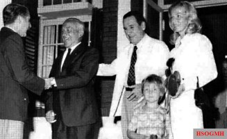 Hans-Ulrich Rudel with Juan Perón , his wife Ursula and his son Johannes-Christoph, ca. 1973.