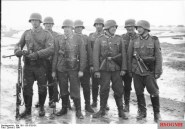 A Wehrmacht infantry squad with the MG 34 in the light machine gun role.