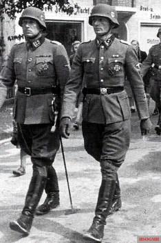 "Commander of SS Volunteer Tank Grenadier Regiment 49 ""De Ruyter"" Hans Collani (left) and his adjutant Karl-Heinz Ertel."