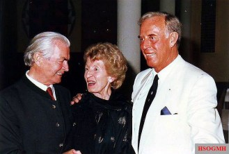 Max Wünsche (left), Otto Günsche and his wife.