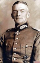 """Knight of the Order """"Pour le Mérite"""" Major General of the Reichswehr Haenicke."""