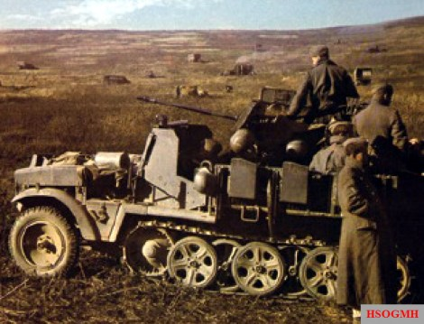 A German SdKfz 10/4 half-track with 20mm flak gun in the Terek region (Caucasus), alert for low-flying Soviet aircraft, autumn of 1942. 13. Panzer-Division had eight single-barrelled 2cm mobile flak guns and two quad 2cm flak guns, which was insufficient to cover the division's combat elements when they were dispersed over a wide area.