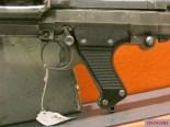 "MG 34 double-crescent trigger, E= ""einzelfeuer,"" semi-automatic fire, D= ""dauerfeuer,"" full automatic fire."