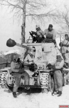 Soldiers of the 1st SS Panzer Division near Kharkov, February 1943.