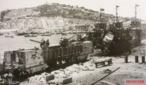 "Remains of the Italian Navy armed train ""T.A. 76/2/T"", destroyed by USS Bristol while opposing the landing at Licata."