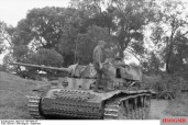 A Panzer III of the 2nd Panzer Division near Orel.