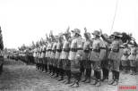 Reichswehr soldiers swear the Hitler oath in August 1934, with hands raised in the traditional schwurhand gesture.