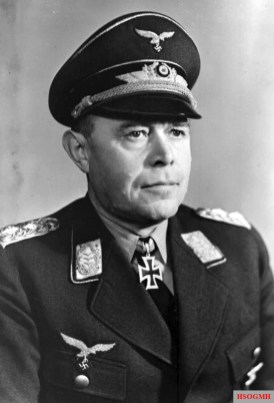 Kesselring wearing his Knight's Cross in 1940.