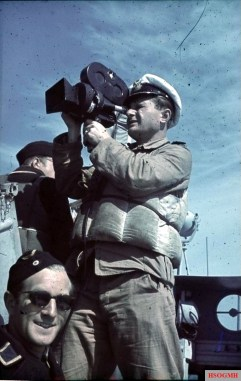 Horst Grund (Kriegsmarine filmberichter or cameraman) shot some scene in the boat with his Arriflex 35mm camera, in the Mediterranean sea, 1943.