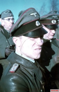 An unidentified SS-Hauptsturmführer from SS-Totenkopf-Division (motorisiert), wearing Heer Adler (eagle) in his crusher cap, usually to distinguished the wearer as one of the participants of the first military training of the Waffen-SS by the Heer officers, Russia 1941.