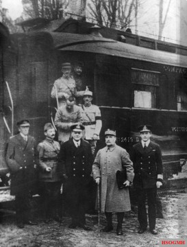 Ferdinand Foch, second from right, pictured outside the carriage in Compiègne after agreeing to the armistice that ended the war there. The carriage was later chosen by Nazi Germany as the symbolic setting of Pétain's June 1940 armistice.